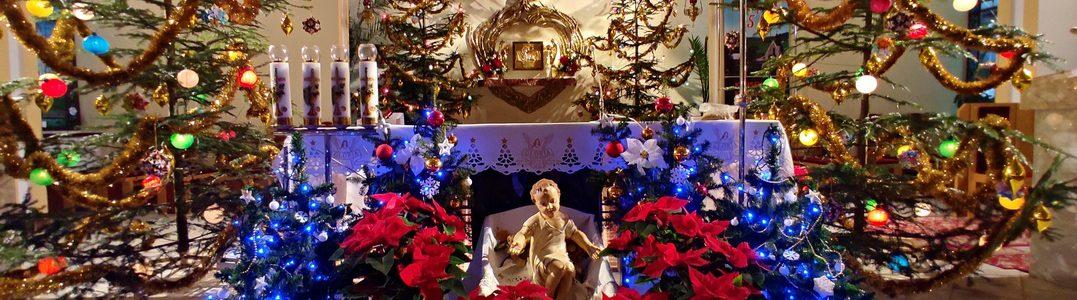 Dekoracje Bożonarodzeniowe w Kościele Parafialnym